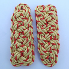 GOLD AND RED CORD SHOULDER BOARDS