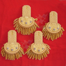 UNIFORM EPAULETTE SHOULDERS